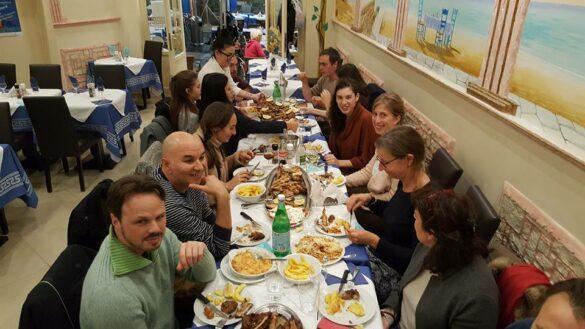 La Grillade chez Nikos - Petits os - Restaurant et livraison Bruxelles